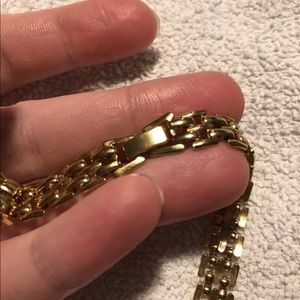 """Jewelry - Gold Colored Necklace 18"""""""